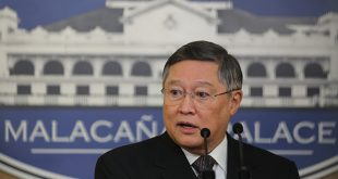 Finance Secretary Carlos Dominguez III.