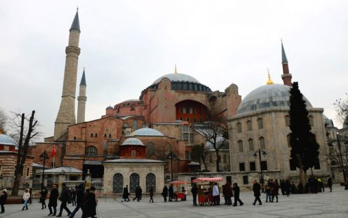 The Hagia Sophia (Holy Wisdom) museum, Istanbul's most famous historical landmark. (Photo: Alvin I. Dacanay)