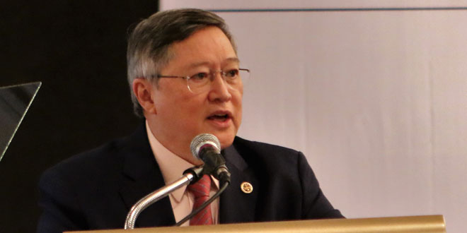 Finance Secretary Carlos Dominguez III.