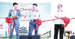A ribbon-cutting ceremony that opened the Beijing Fair was graced by (from left), the Embassy of the People's Republic of China in the Philippines' Counselor Jin Yuan, Beijing Municipal Commission of Tourism Development Vice Chairman Yu Debin, and Department of Tourism (DOT) Assistant Secretary Reynaldo Ching.