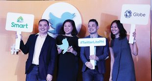 (From left) Harvey Libarnes, Smart Communications vice president for digital products and partnership; Tina Pang, Twitter Southeast Asia head of sales; Dwi Adriansah, Twitter Southeast Asia and Australia head of business development; and Popo Yambao, Globe Telecom prepaid brand director, pose with the logos of their respective companies during the launch of Twitter Lite in the Philippines at The Peninsula Manila hotel in Makati City on June 14, 2017. (Photo: Alvin I. Dacanay)