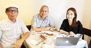 (From left) Former 2017 Metro Manila Film Festival (MMFF) Executive Committee (ExeCom) members Roland Tolentino, Ricky Lee, and Kara Magsanoc Alikpala. (Photo from Tolentino's Facebook account)