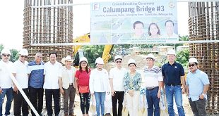 In photo are (from left to right) Kumintang Ibaba Barangay Captain Lorenzo Gamboa Jr., City Councilor Armando Lazarte, CPDO Coordinator Januario Godoy, City Administrator Atty. Narciso Macarandang, City Councilor Nestor Dimacuha, Barangay Gulod Labac Barangay Captain Digna Fajarito, City Engineer Adela Hernandez, Congressman Marvey Mariño, Mayor Beverley Rose Dimacuha, City Councilor Julian Villena , President and CEO of Frey-Fil Joachim Enenkel Frey-Fil Corp. and Project Manager Engr. Ronald Litan.