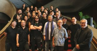 "The cast and artistic team of Tanghalang Pilipino's (TP) ""Aurelio Sedisyoso,"" directed by Chris Millado (far right) and topbilled by David Ezra (third row, second from right) and Baron Geisler (second row, with dark shades), during the musical's press conference at the Cultural Center of the Philippines' (CCP) Main Theater Lobby on August 16, 2017. (Photo: Alvin I. Dacanay)"