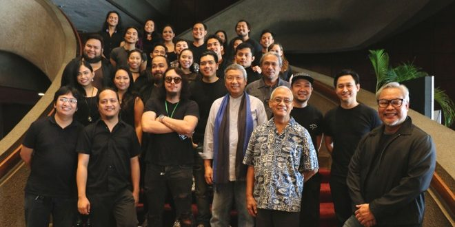 """The cast and artistic team of Tanghalang Pilipino's (TP) """"Aurelio Sedisyoso,"""" directed by Chris Millado (far right) and topbilled by David Ezra (third row, second from right) and Baron Geisler (second row, with dark shades), during the musical's press conference at the Cultural Center of the Philippines' (CCP) Main Theater Lobby on August 16, 2017. (Photo: Alvin I. Dacanay)"""