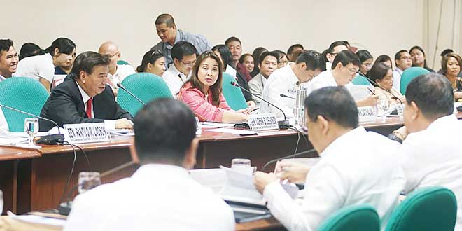 Senator Loren Legarda, Chair of the Senate Committee on Finance, presides over the briefing by the Development Budget Coordination Committee (DBCC) on the 2018 National Expenditure Program (NEP). (SENATE PHOTO)
